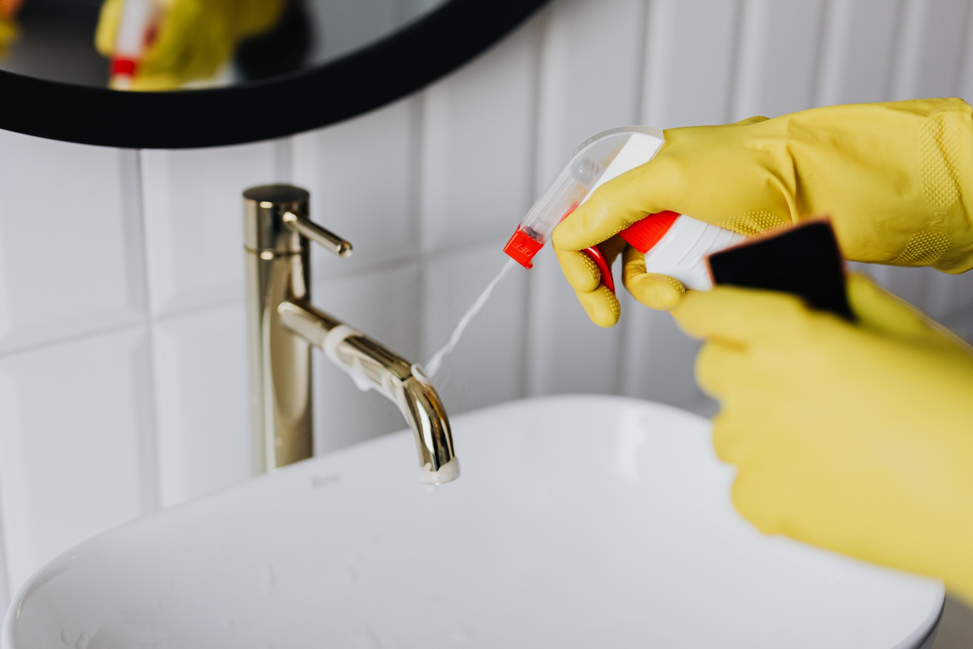 What Is The Cost of Commercial Cleaning Company Services